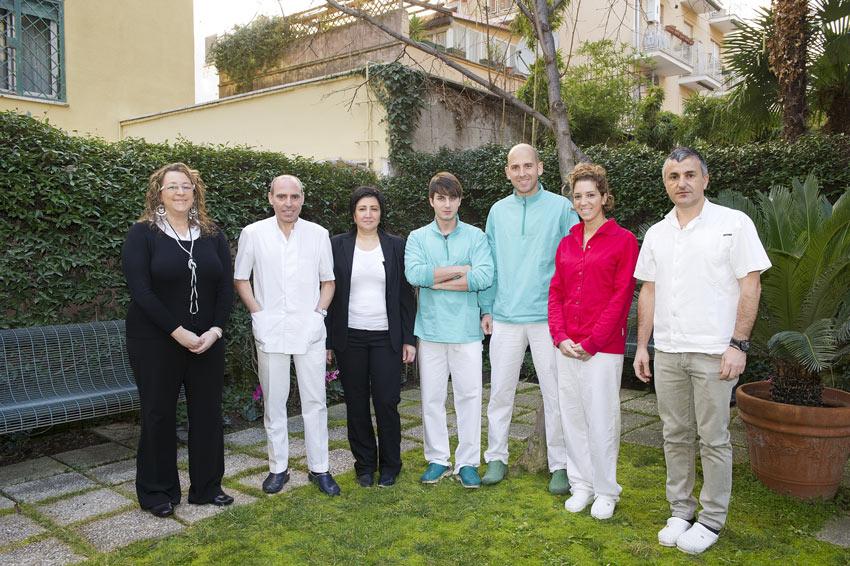 Lo staff del Centro Odontoiatrico Nomentano, punto di riferimento in zona Parioli, Trieste, Salario e Tiburtino